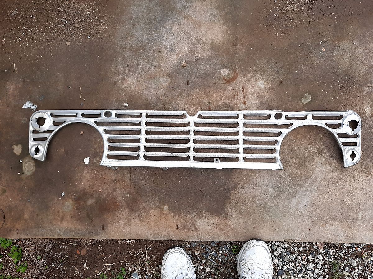 For Sale: TR4 grille
